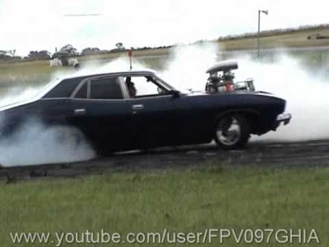 FORD XB FALCON BLOWN V8 AT BURNOUT WARRIORS MOTORFEST 4 - 14/11/2010