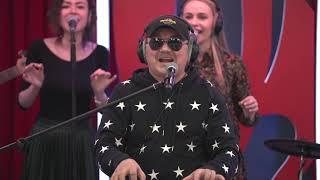 Игорь Николаев отправил SMS поклонницам страны в эфире  «Русского Радио»!