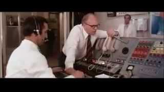 Stelvio Cipriani - La polizia sta a guardare