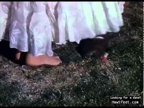 Jennifer Jones  barefoot scene