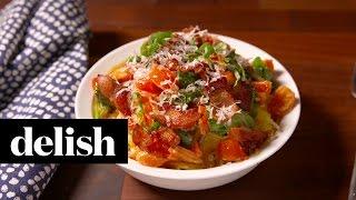 Tuscan Spaghetti Squash | Delish