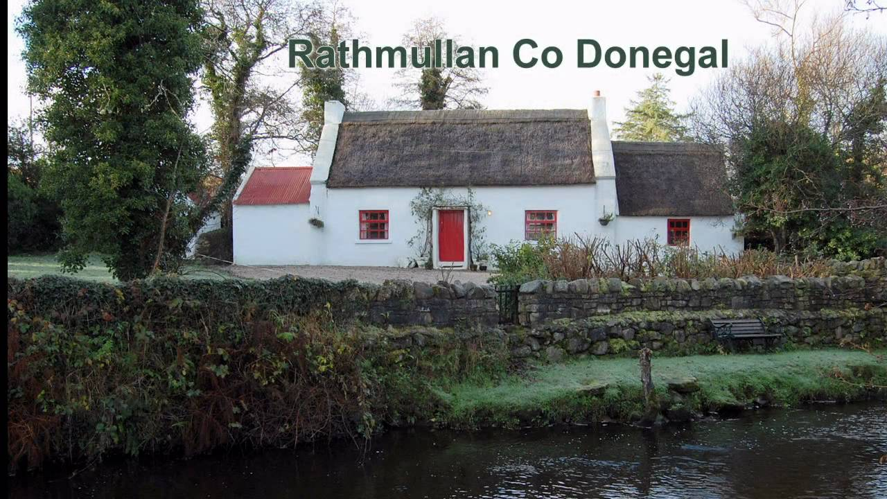 Ray Thatched Cottage A Traditional Irish Thatched