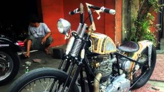 CHOPPER BIKE , hand engraved old school bobber