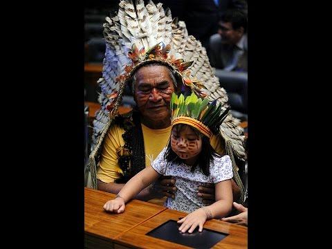 Deputados pedem respeito aos indígenas e apoio à Funai