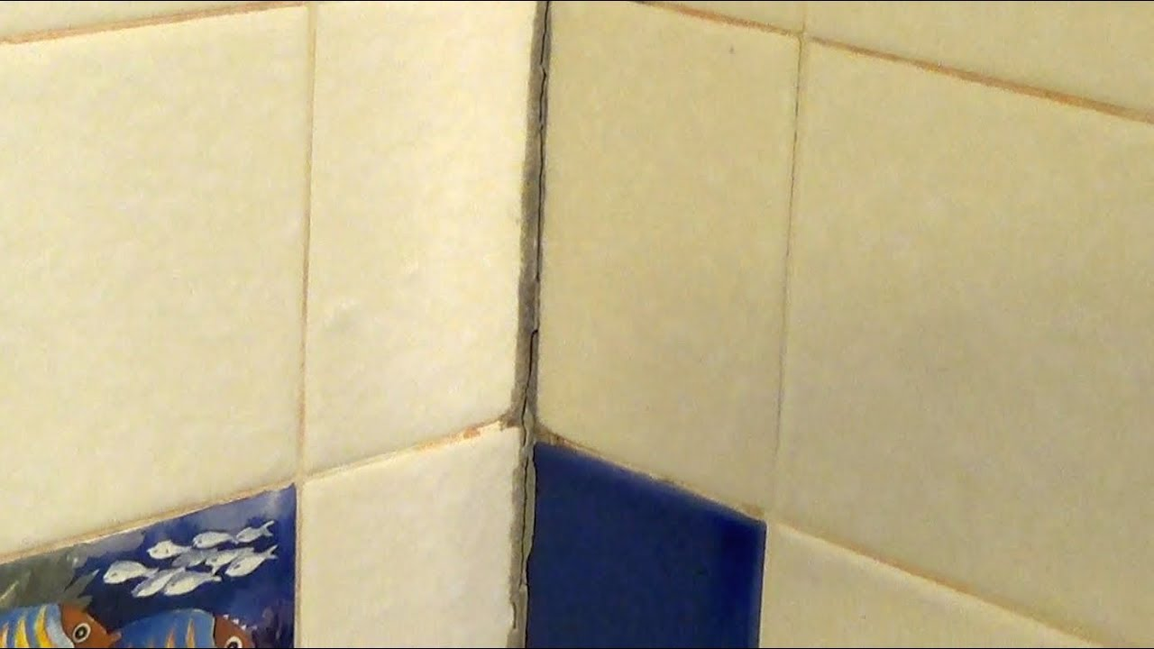 how to clean shower tile with bleach