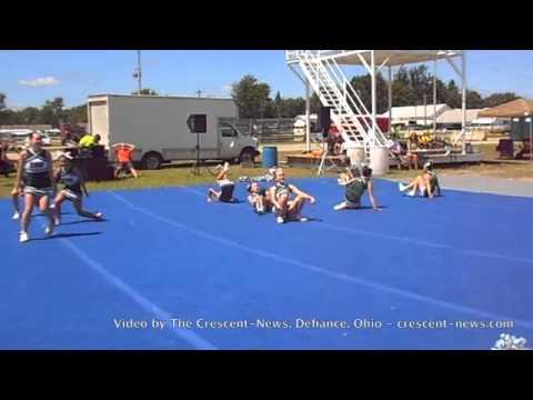 Tinora Junior High School cheerleaders at Henry County Fair