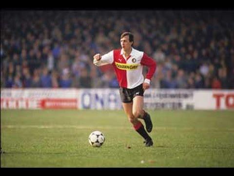 Cruijff gaat vreemd. 1983/1984 Johan Cruijf's seizoen bij Feyenoord