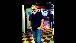"""Turn the page""- Bob Seager (Karaoke)"