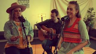 Southern Raised Performs Live, Intimate, Concert