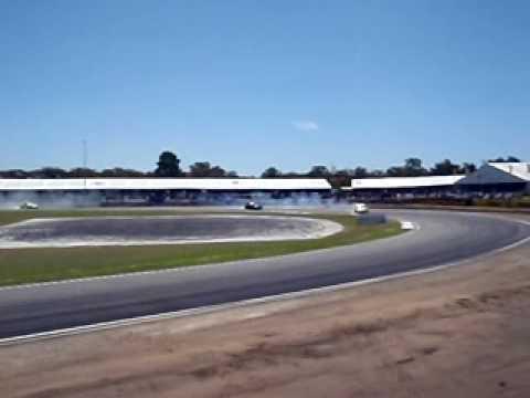Drifting at Barbagallo Raceway, Perth - public area angle