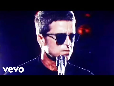 Noel Gallagher's High Flying Birds - She Taught Me How To Fly (6 апреля 2018)