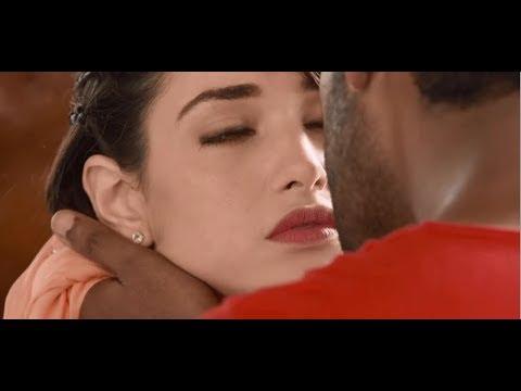 Tamanna bhatia Hot  kissing scene|| thumbnail
