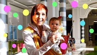 Bianca e Maria in giro per Natale - una bella giornata divertente - video per bambini