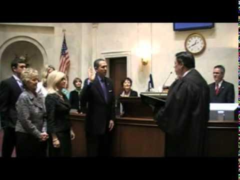 Sen. Paul Bookout Is Sworn In as President Pro Tem