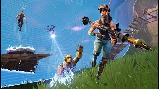 PLAYING WITH RANDOM PEOPLE IN SQUAD - Fortnite: Battle Royale