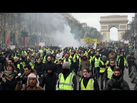 فرنسا: محتجو حركة -السترات الصفراء- يتظاهرون للسبت الرابع عشر  - 10:55-2019 / 2 / 18
