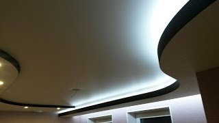 Трёхуровневый потолок из ГКЛ с световым карманом.(Ремонт на кухне. Изготовление потолка из гипсокартона в 3 уровня с диодной подсветкой. Как скрыть вент. кана..., 2015-08-08T04:48:30.000Z)