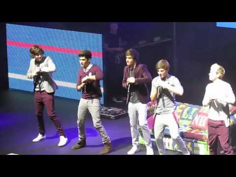 How do you do one direction inbetweeners dance?