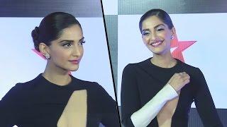 HOT Sonam Kapoor At Star Screen Awards 2016