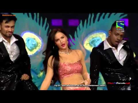 Bang Bang live dance Elli Avram at UMANG 2015