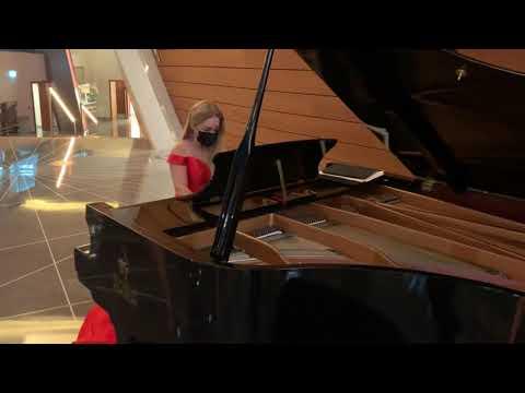 Dubai Pianist | Dubai Opera performance | Violetta Kalita |