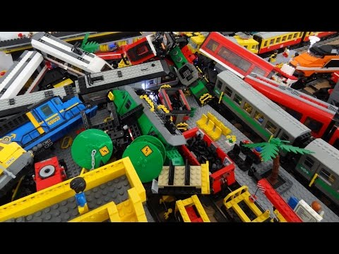 Thumbnail: 13 Lego city train crash with Metroliner, Horizon Express, 7740, 7745, 60051, 60052, 3677