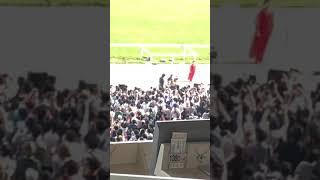 令和元年5月26日 第86回日本ダービーにおいて木村カエラさんが国歌を歌...