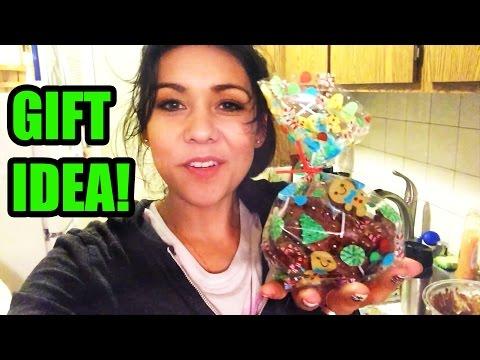CHOCOLATE PEANUT CLUSTERS! (Gift idea) - #TastyTuesday