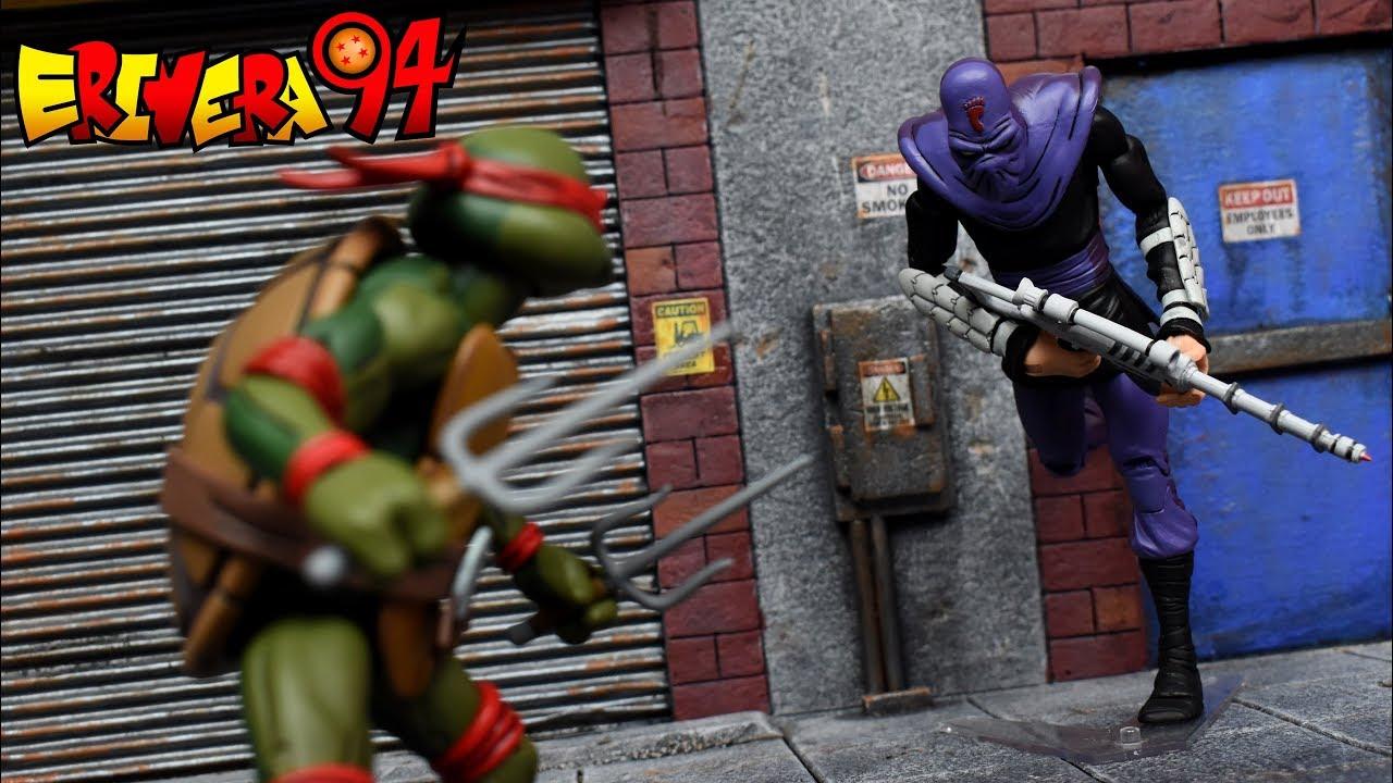 NECA TMNT Teenage Mutant Ninja Turtles Raphael vs FOOT SOLDIER 2 Pack