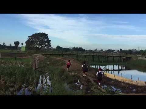 """Jembatan Sekolahku"" Short Movie 1 Menit | Film Pendek Kemerdekaan Indonesia Ke 71"