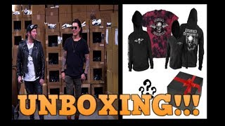 REALLY F*CKING DELUXE BOX UNBOXING AVENGED SEVENFOLD BLACK MARKET REVEAL