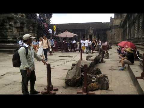 អង្គរវត្ត ជាមហាសំណង់សម័យបុរាណ -  Angkor Wat is an ancient building atCambodia tOur