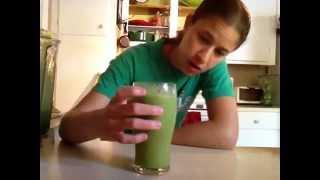 Celery Banana GREEN Smoothie Recipe