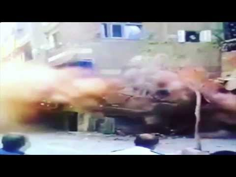 7.9 Magnitude Earthquake Hits Nepal Bhaktapur Kathmandu - 7.4 Damages 4600 Killed Dead (RAW FOOTAGE)