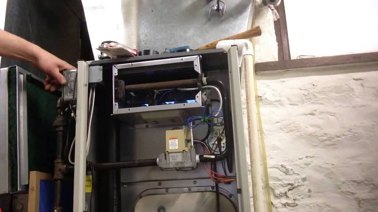 Exploding Tempstar Honeywell Smart Valve Furnace Youtube