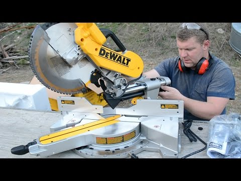DEWALT 779 (DWS780) Double Bevel Compound Sliding Miter Saw Unboxing