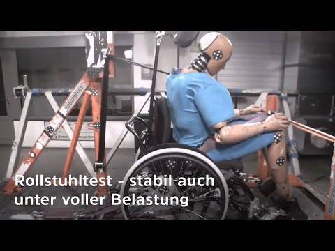 Rollstuhl-Crashtest - So sieht ein Belastungstest für die Befestigung (Kraftknoten) im Auto aus