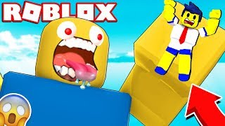 A GIANT NOOB ALMOST CAUGHT ME IN THE ROBLOX