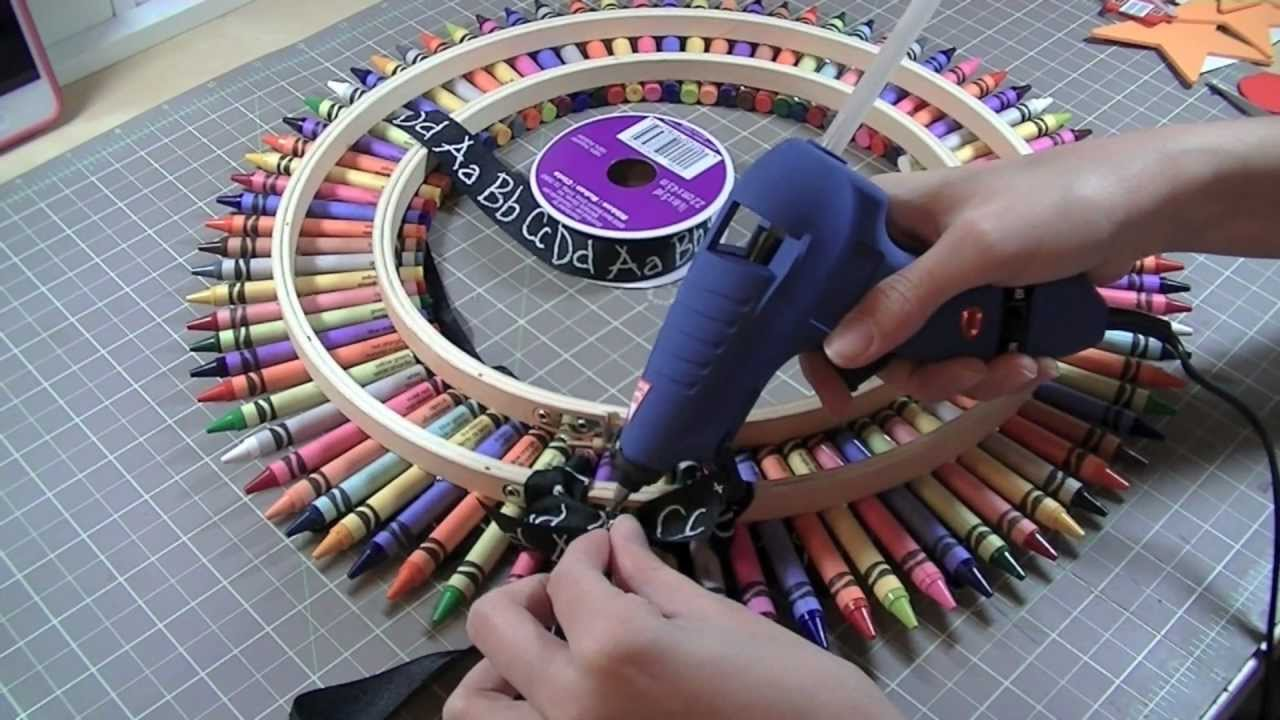 Crayon Wreath And Tutorial YouTube