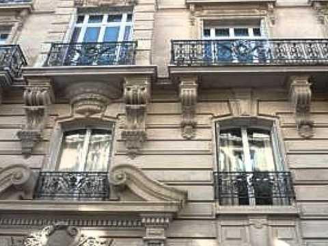 Недвижимость в Париже Квартира в Париже 90квм Haussmann.wmv