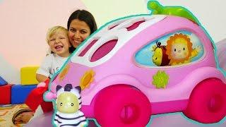 Bebek oyunları. Sürpriz araba, puzzle oyuncakları