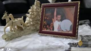 عائلة قاقيش تفتقد ابنها الأسير في أعياد الميلاد