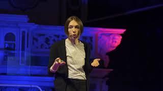 Il laboratorio impersonale o la medicina personalizzata? | Barbara Matteoli | TEDxLUCCA