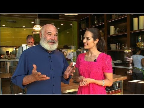 Anti-Inflammatory Diet Tips From Dr. Andrew Weil
