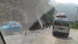 MUGLING TO NARAYANGHAT ROAD / दशैंको समयमा देखिएको मुग्लिन नारायणघाटको  सडक