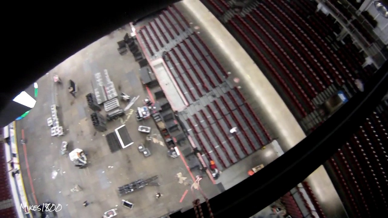 Arena Rigging Load Out - Bridle Swinging