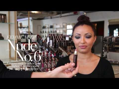 HOURGLASS FEMME NUDE: The Dramatic Smokey Eye modelled by Maud