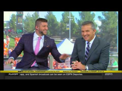 Tim Tebow and Urban Meyer reunite on College GameDay