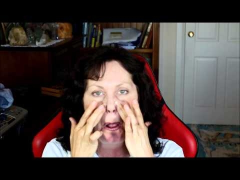How to Relax Your Facial Muscles with Acupressure Point Facial Massage!