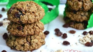 Chewy Vegan Oatmeal Raisin Cookies | Fablunch